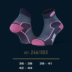 Hiking_ankle_socks_Double_polyamide_EVO_low-cut_blue_pink