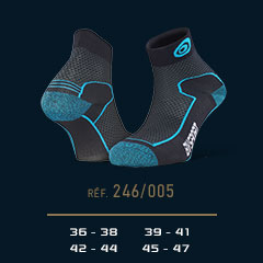 Hiking_ankle_socks_Double_polyamide_EVO_low-cut_black-blue